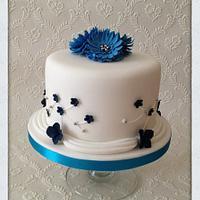 Gerbera & Daisy Cake