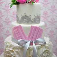 Romantic Ruffle Wedding Cake