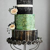 VINTAGE CRACKLE WEDDING CAKE