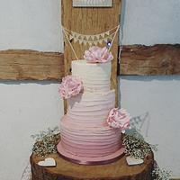 Ombre pink buttercream wedding cake