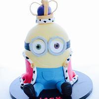 King Bob minion 3d cake