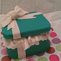 open top present cake