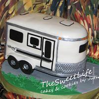 Horse trailer cake