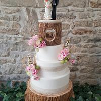 Rustic wood effect wedding cake
