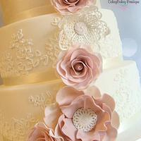 Vintage Lace Wedding cake by CakeyBakey Boutique