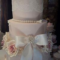 Vintage wedding cake by Teraza @ T's all occasion cakes