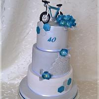 Elegant sports cake
