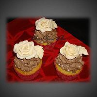 Chocolate Rose Cupcakes
