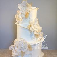 White flowers Wedding cake