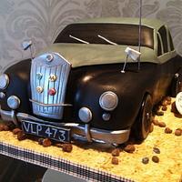 MG Magnette Car cake