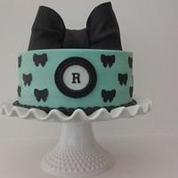 Mint and black birthday cake by Danielle Lechuga