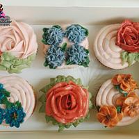 Buttercream Floral Cupcakes