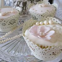 A vintage romance - Cupcakes
