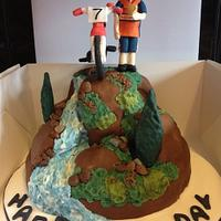 Mountain bikers cake
