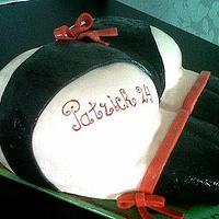 18+ cake