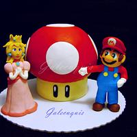 Super Mario Mushroom Cake: Mario and Peach