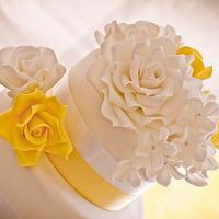 Summer Roses Wedding Cake