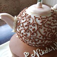 Chocolate teapot cake