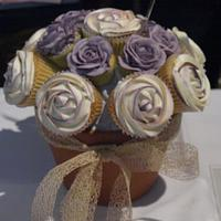 Cupcake bouquets by Kaylee