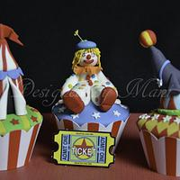 "The ""circus"" themed cup cakes"