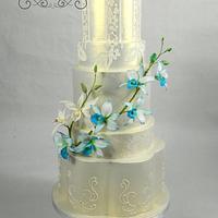 Iridescent Gold wedding cake