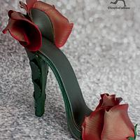 Sugarpaste Red Rose Stiletto