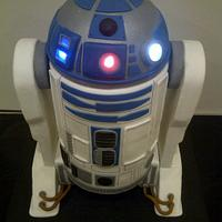 R2D2 Wedding Cake with lights