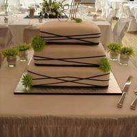 Wedding Cake with spider mums