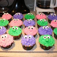 Fuzzy Monster Cupcakes
