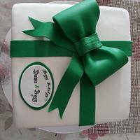 Green ribbon cake