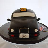 London Black cab vanilla sponge cake by Cornelia