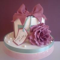Hatbox cake
