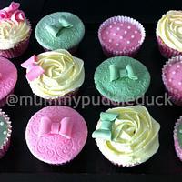 Pretty pink cupcakes by Mummypuddleduck