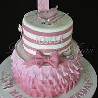 pretty in pink 1st birthday cake