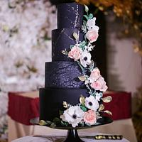Black theme wedding cake