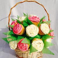 Cupcake basket bouquet