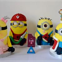 Minions individual cakes