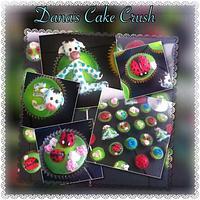 Giraffe and ladybug cupcakes