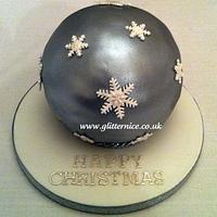 Silver Christmas Bauble Cake
