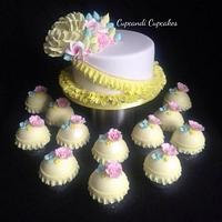 Pretty petals pastel cake & cupcakes