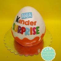 KINDER SURPRISE cake by Dzesikine figurice i torte