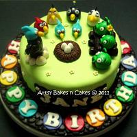 Angry Birds Cake by Joelyn Wong