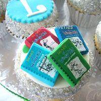 Diary of a Wimpy Kid and Dork Diary Cupcakes