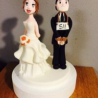 Bride&groom cake topper