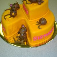 Mouse Cheese Cake by naughtyandnicecakes