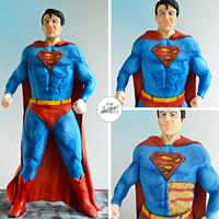 60 cm tall Superman Cake!!