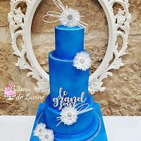 Bleue wedding cake  by Gâteau de Luciné