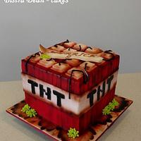 Boooooom - a  Minecraft cake - TNT block ...