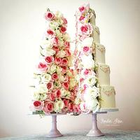 Split rose and pearl wedding cake