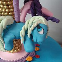 My little pony carousel cake by liesel